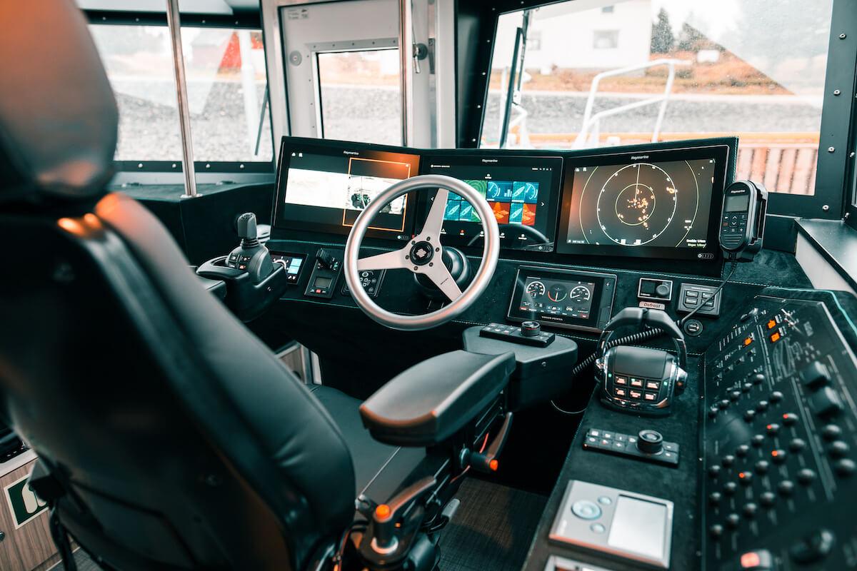 1300-Car8